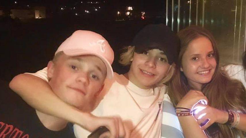 Die Jungs von Bars and Melody mit Davina Geiss und einer Freundin
