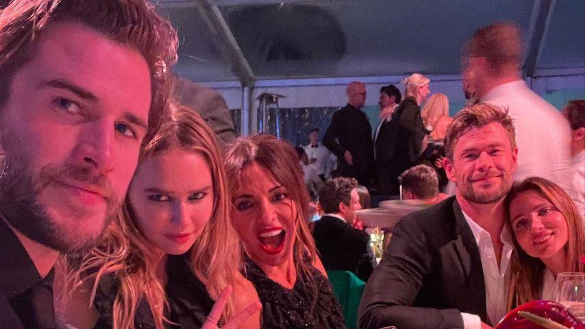 Erstes Mal: Liam Hemsworth zeigt Freundin auf Social Media