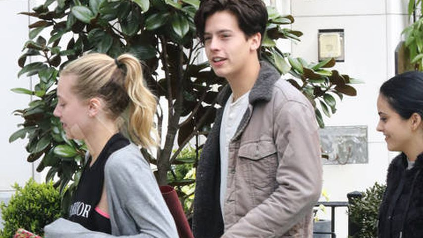 Lili Reinhart und Cole Sprouse in Vancouver