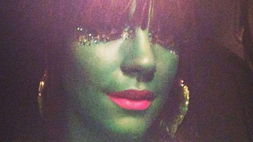 Schmink-Drama! Lily Allen als allergisches Alien