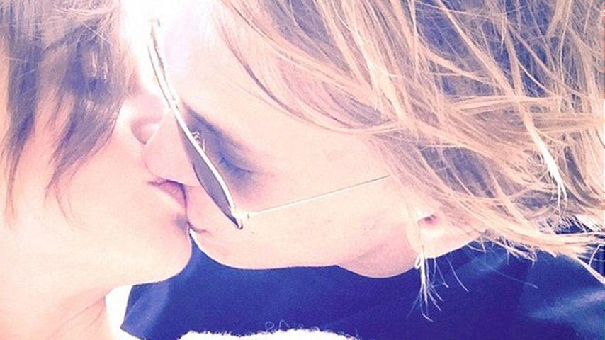 Knutsch-Beweis: Lily Collins ist frisch in ihren Ex verliebt