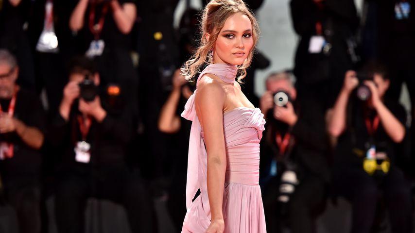 Elfengleich: Lily-Rose Depp verzaubert bei Filmfestspielen!