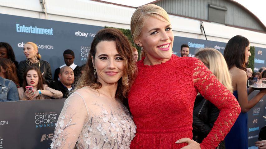 Linda Cardellini und Busy Philipps bei den Critics' Choice Awards 2016