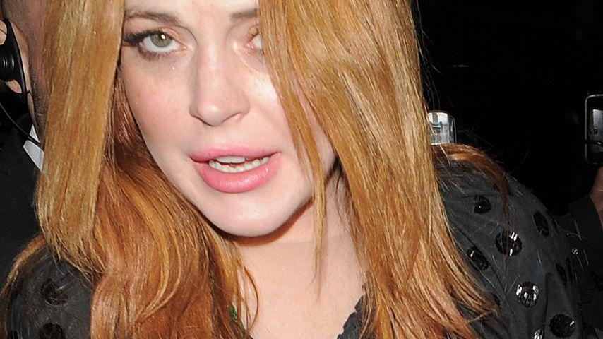 Rüpel-Rückfall: Lindsay Lohan bespuckt Party-Gäste!