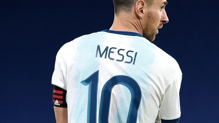 Lionel Messi bei einem Fußballspiel in Buenos Aires im November 2020