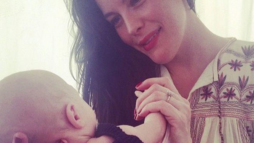 Endlich! Liv Tyler zeigt ihr niedliches Baby Sailor Gene