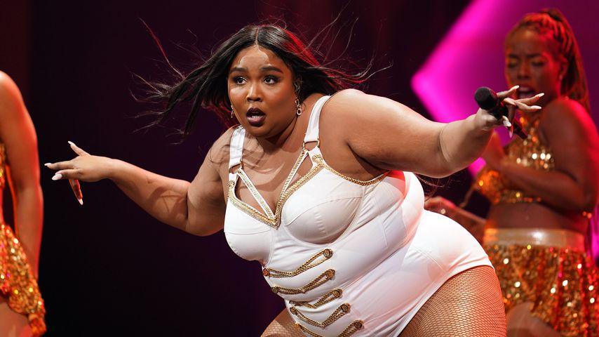 Mega-Auftritt: Lizzo haut Fans im knappen Bodysuit um!