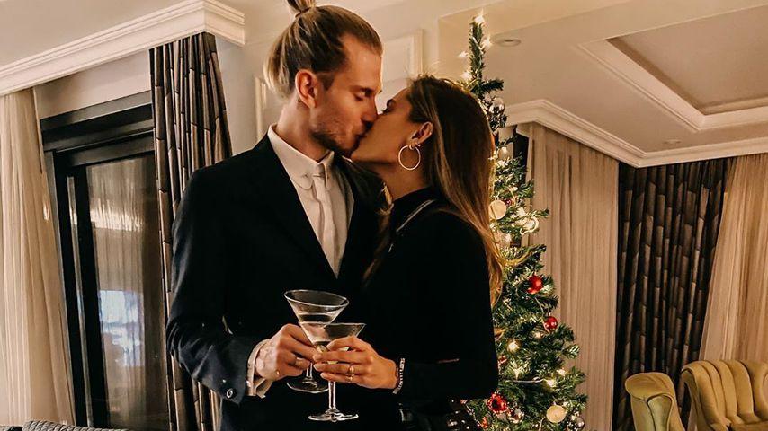 In Latex-Pants: Sophia Thomalla feiert Weihnachten mit Loris