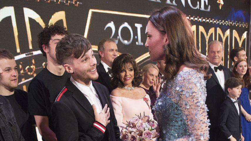 Louis Tomlinson und Herzogin Kate beim Royal Variety 2017