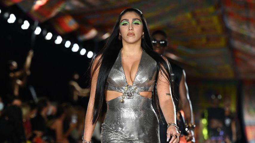 Lourdes Leon bei der Fashion Week in Mailand 2021