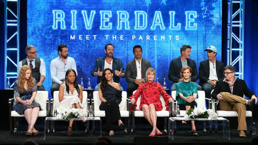 Luke Perry mit dem Riverdale-Cast 2018