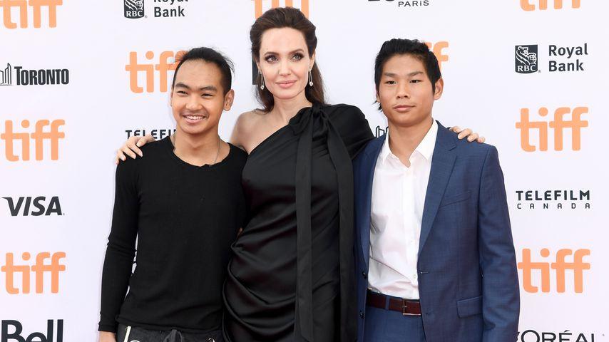 """Maddox Jolie-Pitt, Angelina Jolie und Pax Jolie-Pitt auf der """"First They Killed My Father""""-Premiere"""