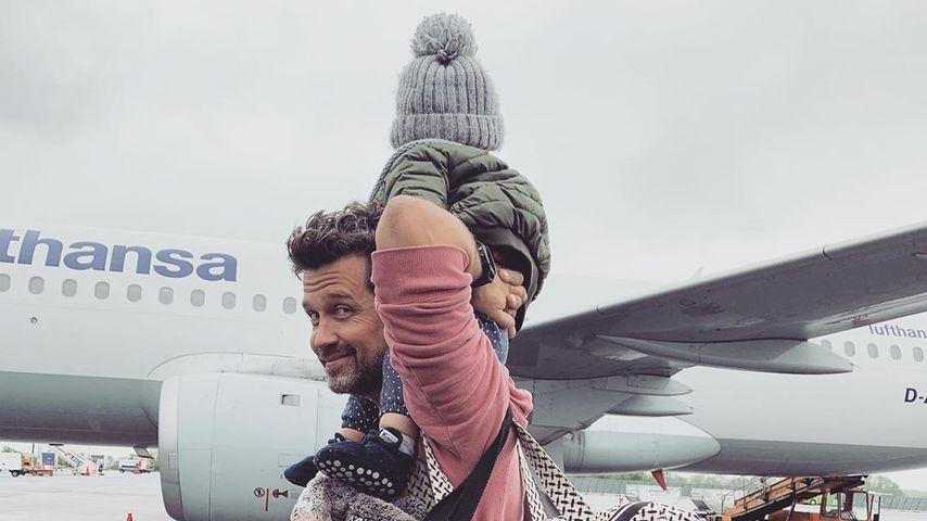 Wayne Carpendale mit seinem Sohn Mads am Münchner Flughafen, Mai 2019