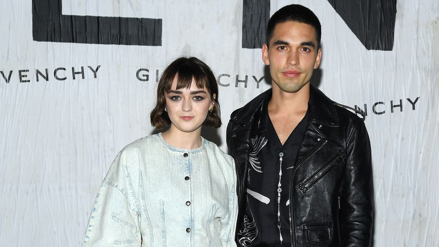 Maisie Williams und Reuben Selby bei der Paris Fashion Week. September 2019