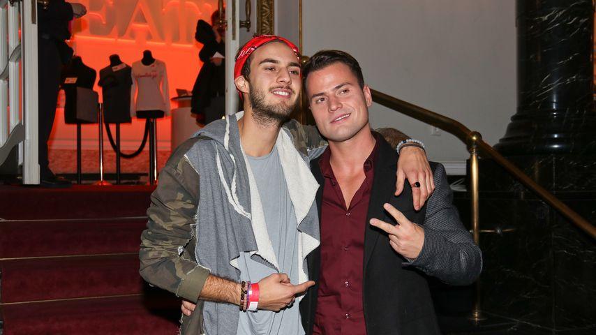"""Marc Aurel Zeeb und Rocco Stark bei der """"Sister Act""""-Premiere 2016 in Berlin"""
