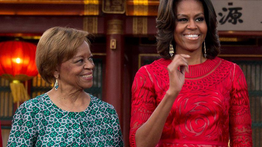Michelle Obama mit ihrer Mutter Marian Robinson in Peking
