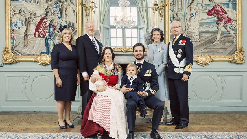 Marie und Erik Hellqvist, Gabriel, Sofia, Carl Philip, Alexander, Königin Silvia, König Carl Gustaf
