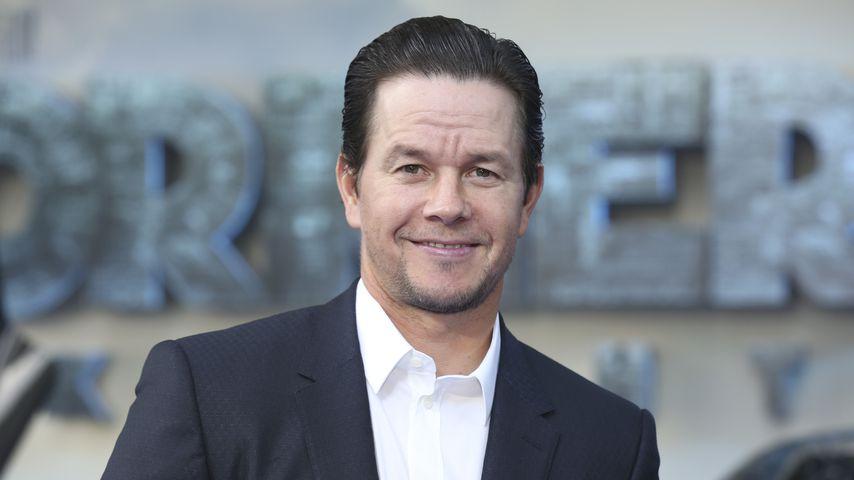 """Witzig! Für Mark Wahlberg tanzen 5 Männer als """"Spice Girls"""""""