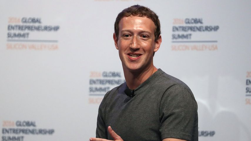 Porno-Star verklagt Mark Zuckerberg auf 1 Milliarde Dollar