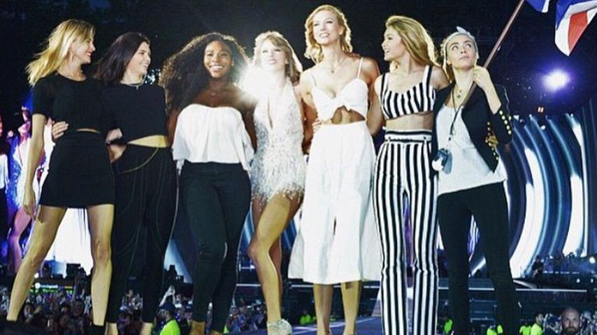 Gigi Hadid, Taylor Swift, Kendall Jenner, Cara Delevingne, Serena Williams, Karlie Kloss und Martha