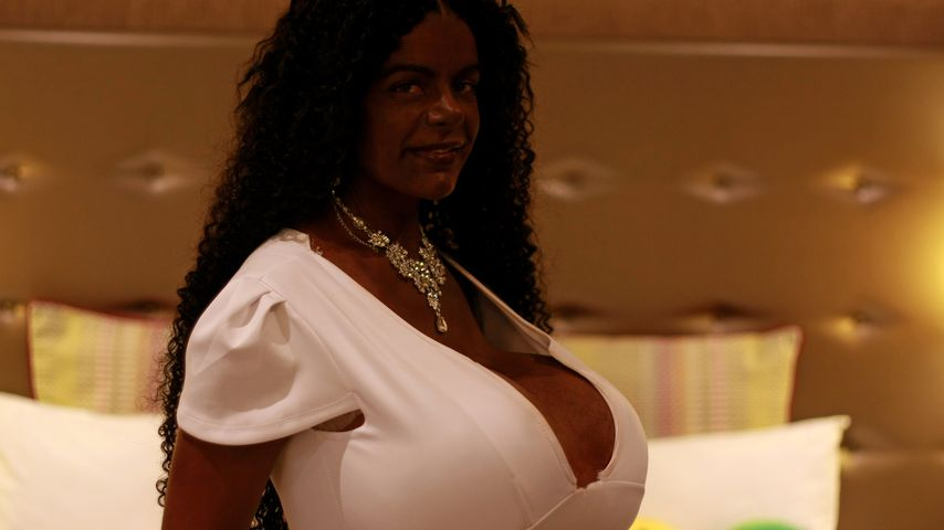 Martina Bigs Mega-Brüste: So viel fehlt noch zum Weltrekord