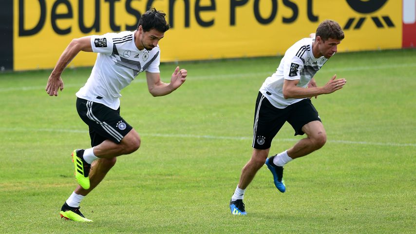 Mats Hummels und Thomas Müller im Training der Nationalmannschaft