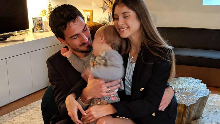 Mats und Cathy Hummels mit ihrem Sohn Ludwig