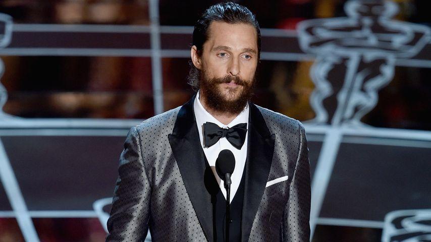 Oscars: Matthew McConaughey schwänzt Red Carpet