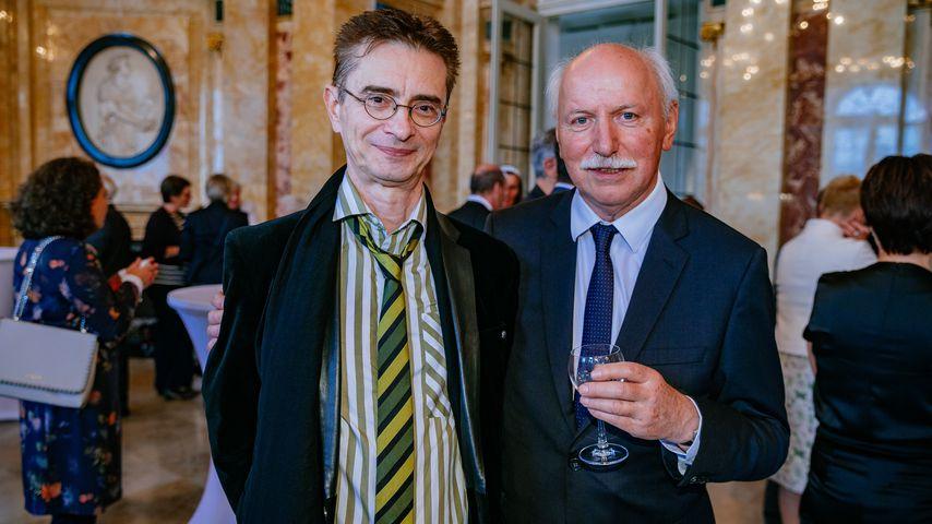 Wieland Backes (r.) mit Matthias Riechling beim 70. Geburtstag von Winfried Kretschmann in Stuttgart