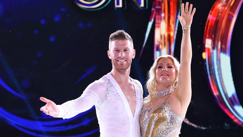 "Matti Landgraf und Aleksandra Bechtel bei ""Dancing on Ice"", 2019"