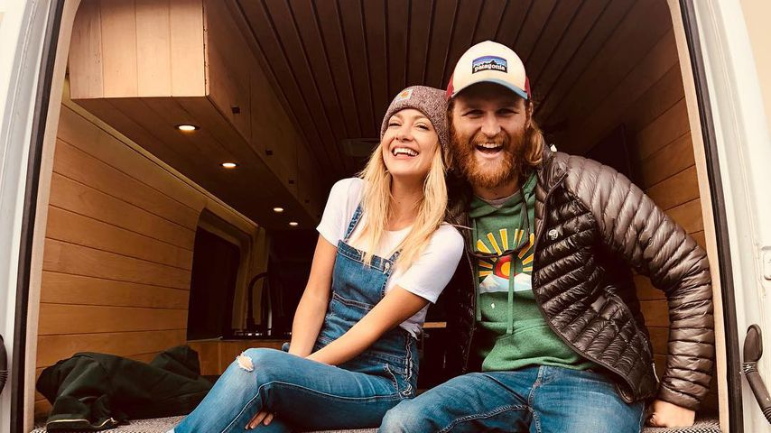 Meredith Weasel und Wyatt Russell im Dezember 2018
