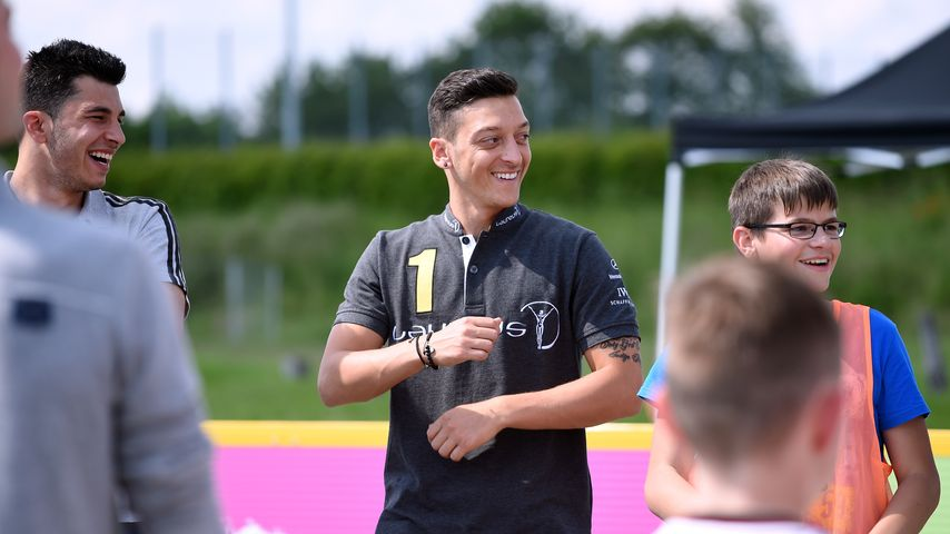 Mesut Özil, Sportler