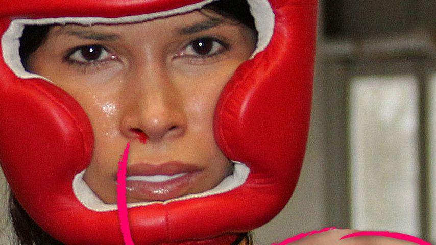 Blutiges Box-Training: Micaela Schäfer steckt ein