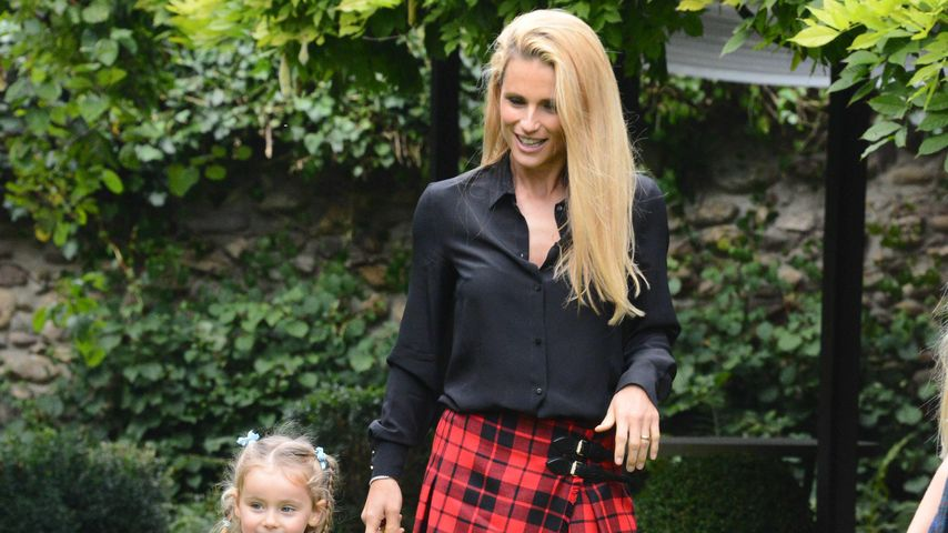 Michelle Hunziker mit ihren Töchtern Celeste (vorne) und Sole (hinten)