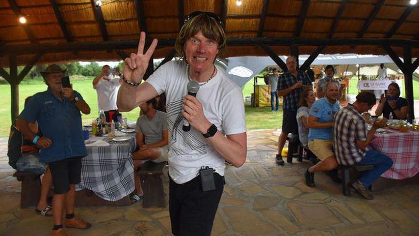Mitten in Krise: Mickie Krause gibt ein Konzert vor Publikum