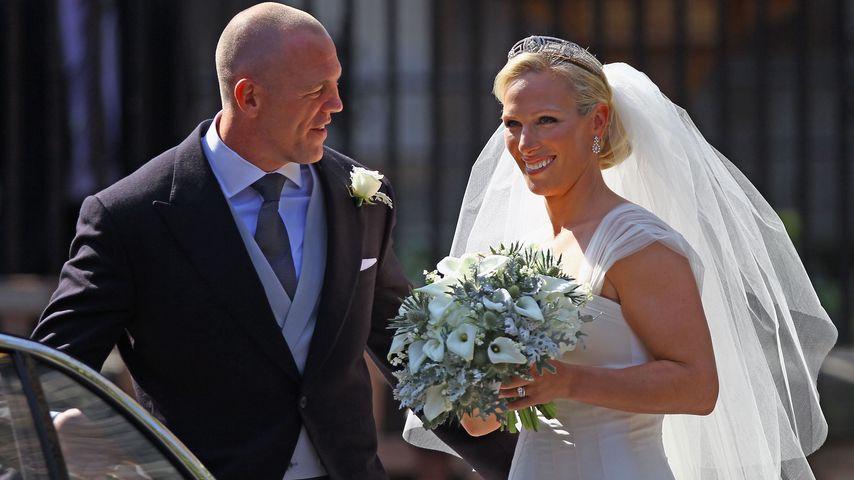 Mike und Zara Tindall auf ihrer Hochzeit in Edinburgh, Schottland