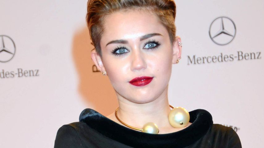 Tolerantes Europa? Miley lobt Umgang mit Joint-Gig