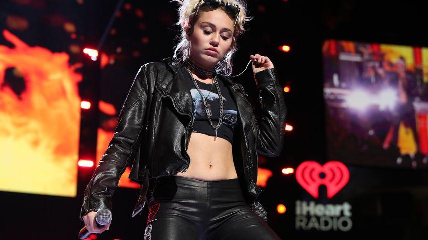 Aha! Ist DAS Miley Cyrus' neue Duett-Partnerin?