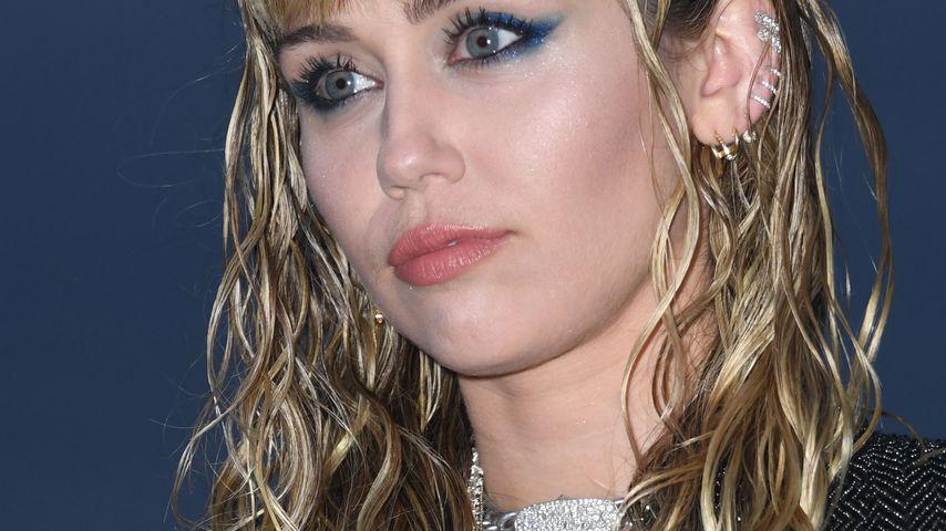 Miley Cyrus auf der Saint-Laurent-Runway-Show in Malibu im Juni 2019
