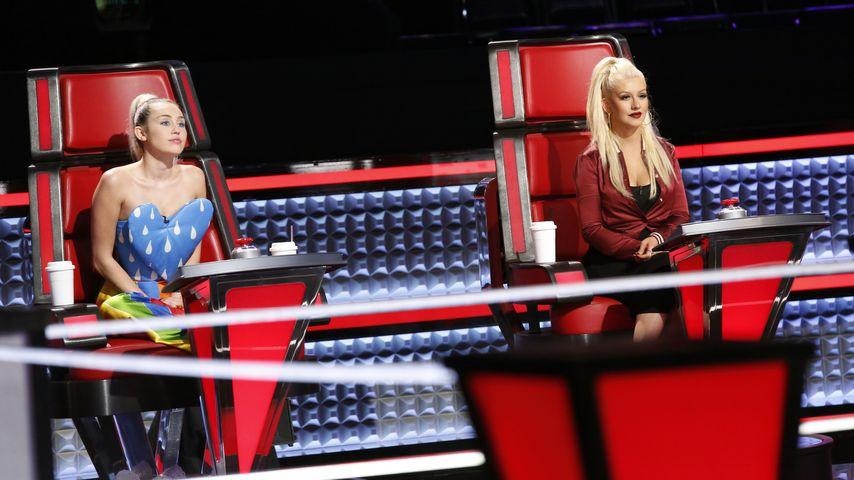 Miley Cyrus und Christina Aguilera