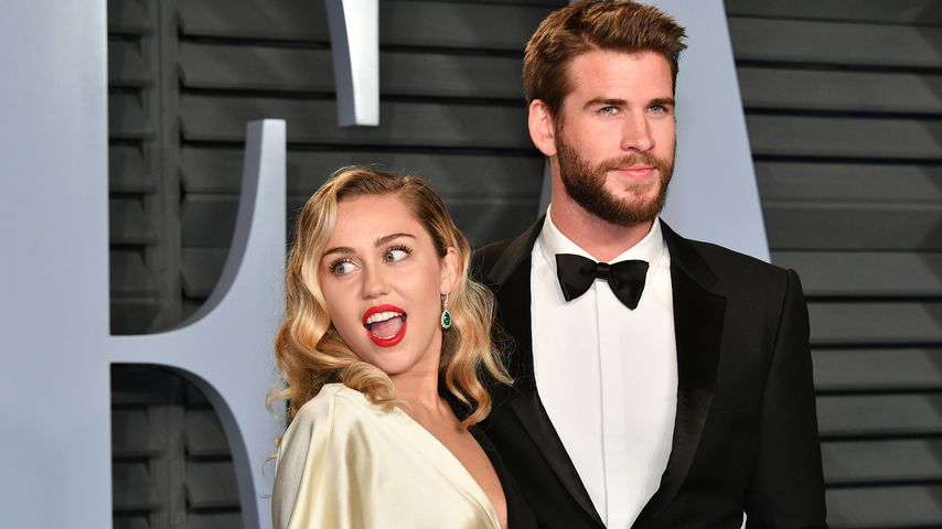 "Miley Cyrus und Liam Hemsworth bei der ""Vanity Fair""-Oscar-Party"