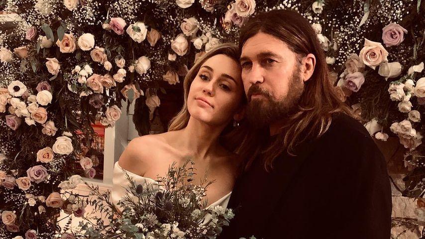 Miley und Billy Cyrus am Tag ihrer Hochzeit mit Liam Hemsworth