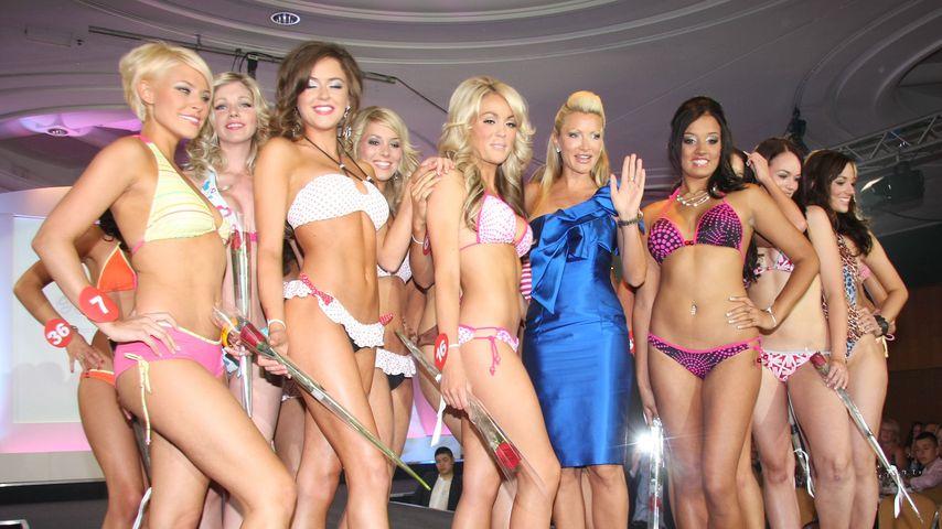 """Zoiey Smale (3. von rechts) bei der """"Miss England""""-Wahl"""