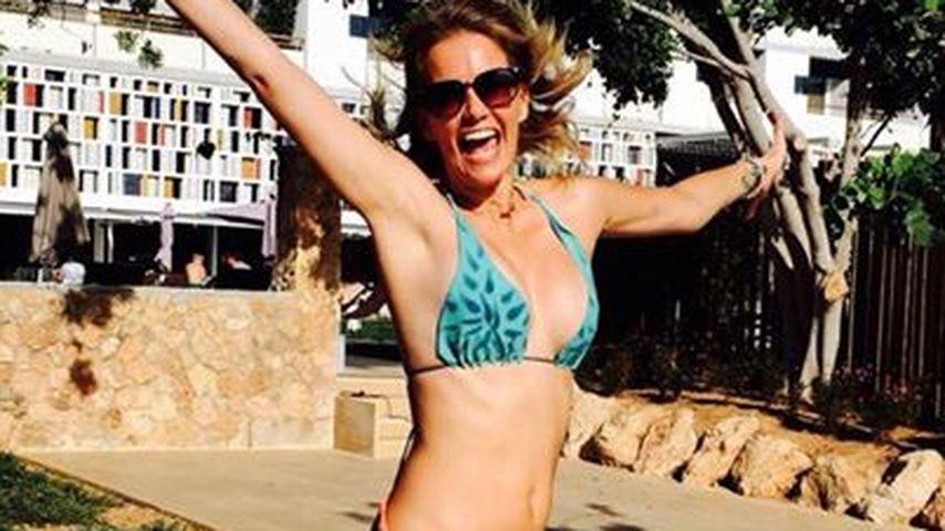 Mega knackig: Monica Ivancan ist happy im Bikini!
