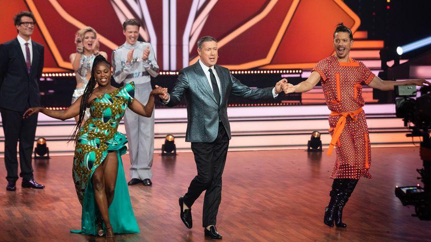 "Motsi Mabuse, Joachim Llambi und Jorge Gonzalez bei ""Let's Dance"" 2019"