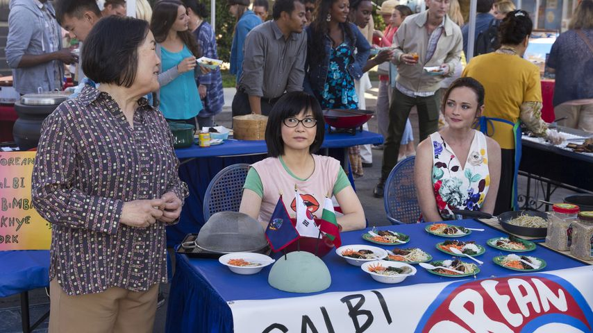 GG-Figuren Mrs. Kim (Emily Kuroda), Lane (Keiko Agena) und Rory (Alexis Bledel)