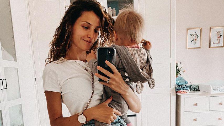 Nadine Menz mit ihrer Tochter, Mai 2020