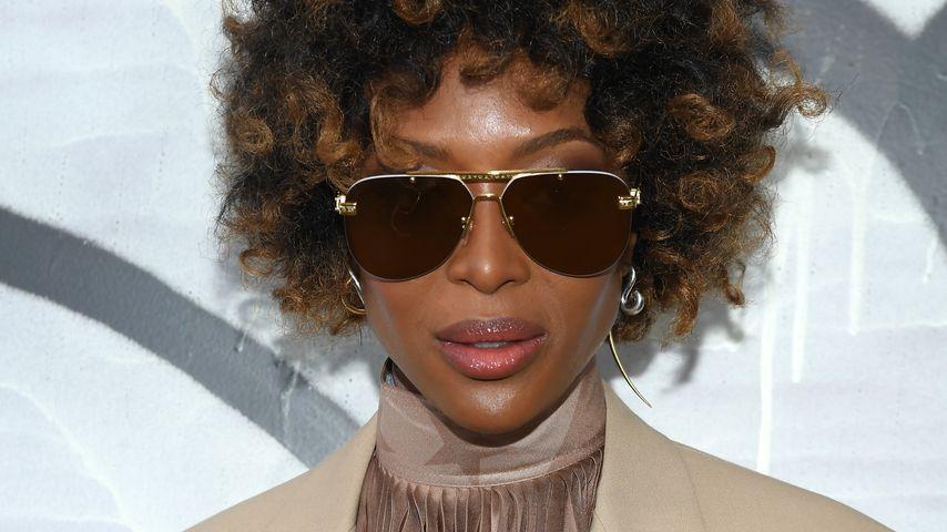 Michael-Jackson-Tribut: Naomi Campbell läuft mit Natur-Afro