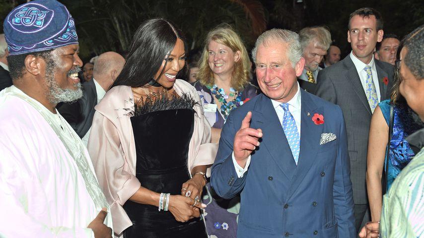 Naomi Campbell und Prinz Charles bei einem Empfang in Nigeria