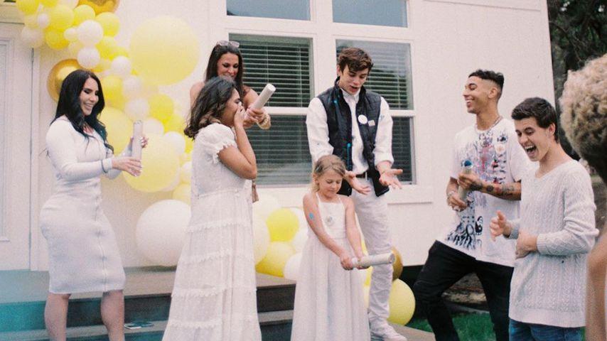 Nash Grier und seine Verlobte Taylor Giavasis bei der Verkündung des Baby-Geschlechts